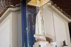 Imágen de la Virgen de Fátima en la capilla de las apariciones